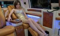 房车+美女 全智能型商务房车