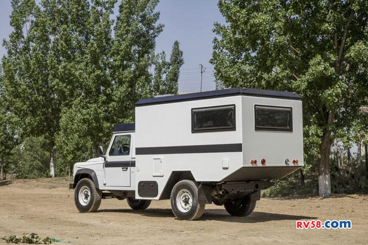 国内仅此一辆 售价136万的路虎卫士房车