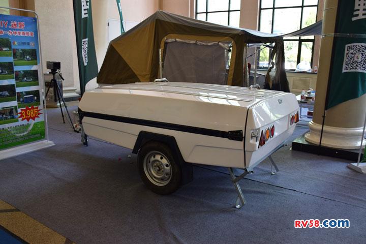 迷野牌户外折叠帐篷车 两室一厅价格只要3.9万