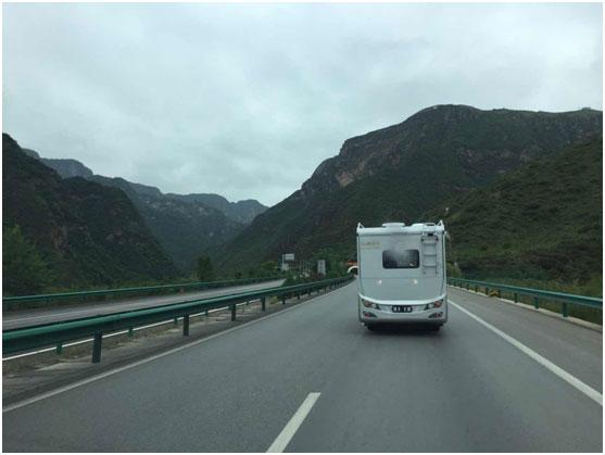 新星进口依维柯房车4000公里拉萨送车篇(二)