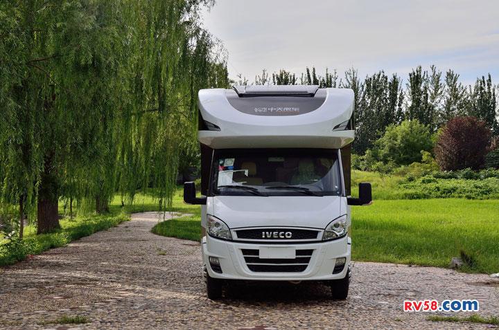 中天季风7代优尚自行式C型房车全新上市