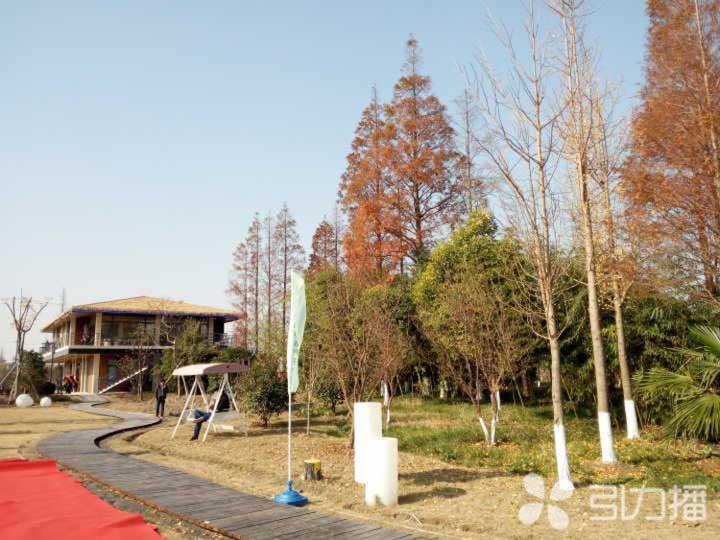 太仓首个房车营地在电站村落成 旅游专线同时开通