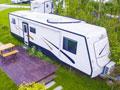营地房车:情侣浪漫圆床房,不一样的度假体验