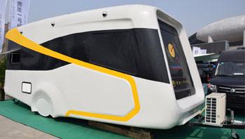 售价18万的KTV房车 设备很全�露营地专用