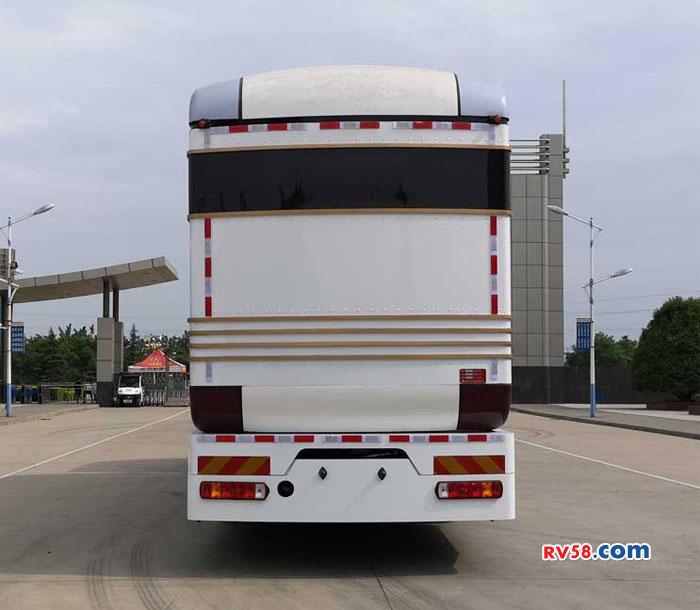 卡车变房车这回是真的 实用又接地气