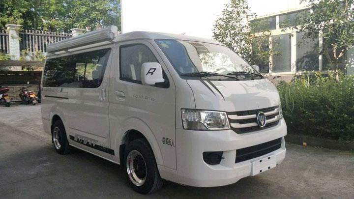 新飞福田G7旅行者房车上市   升顶大空间百姓价格12.98万