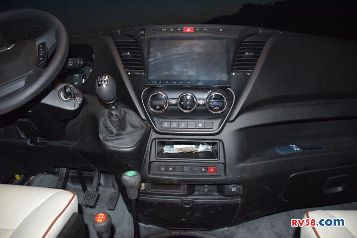 新星北斗Y600越野房车性能体验