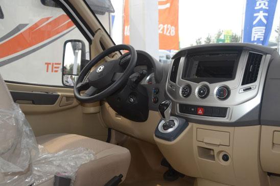 东风御风3.0T房车专用底盘全新上市