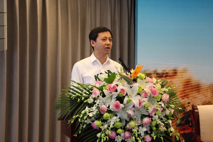 鄂尔多斯市委常委、副市长倪嘉宇致辞