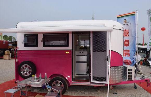 佳卓拖挂房车很实用 全铝车身配置齐全售价10多万