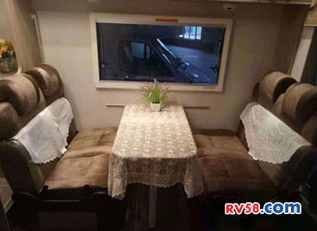 北京牌房车