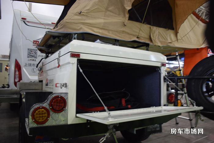 季候风帐篷拖挂小房车