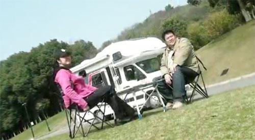 拥有一辆自己的瑞弗房车  和侣行夫妇一起去美丽的青海