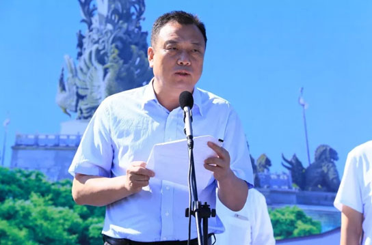唐山市政府副市长李贵富