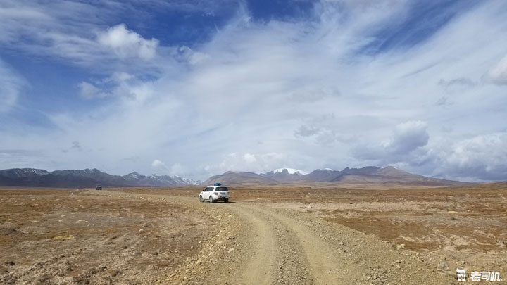 带着MAN卡与乌尼穿越哈拉湖无人区之旅